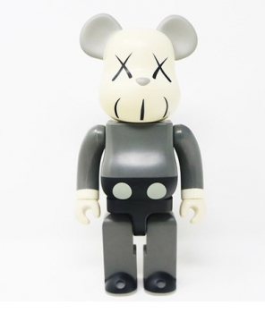 BEARBRICK - KAWS 2002 GREY 1000%